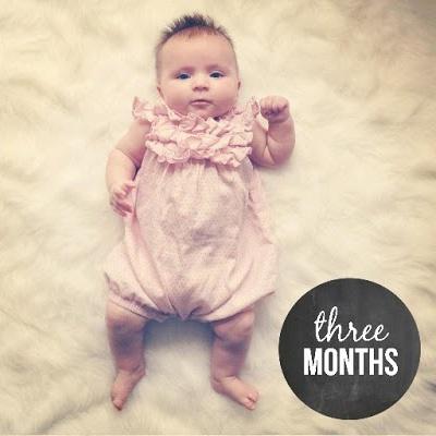 девочка в три месяца