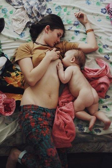Голая сестра и тетя фото