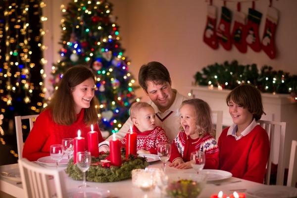 Чем накормить ребенка в новогоднюю ночь?