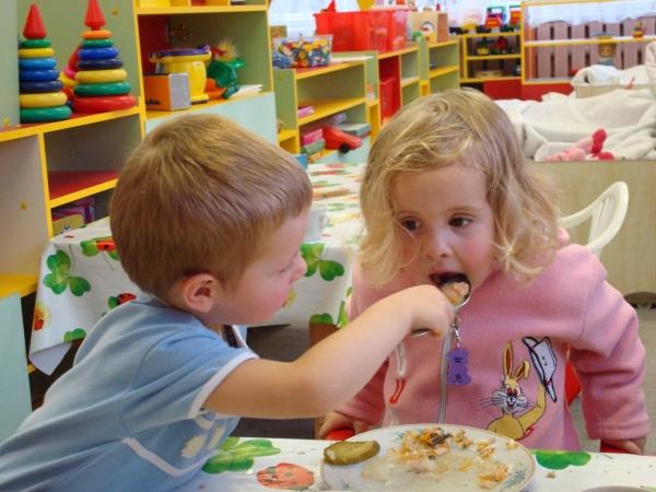 Кто виновен в детском недоедании?