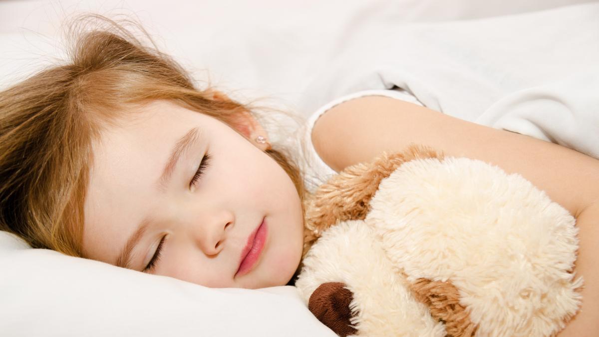Как своего ребенка быстро уложить спать?